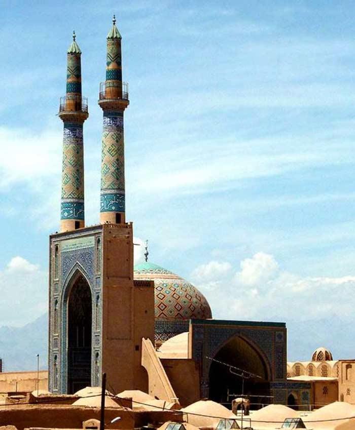 Yazd City - Yazd Tourism - Amir chakhmaq complex - Teshtar.com