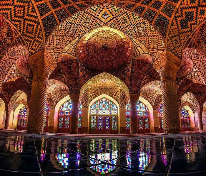 cheap Iran tours - Iran budget tours - nasir al moulk
