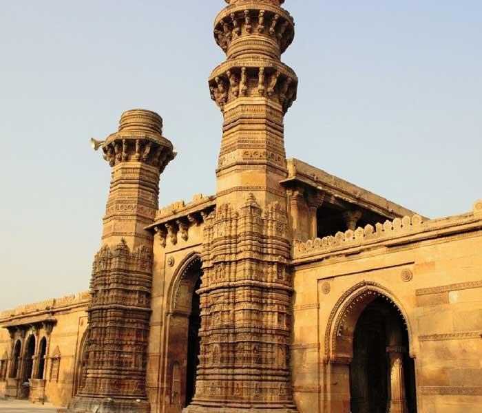 Menar Jonban Isfahan - shaking minarets in ahmedabad