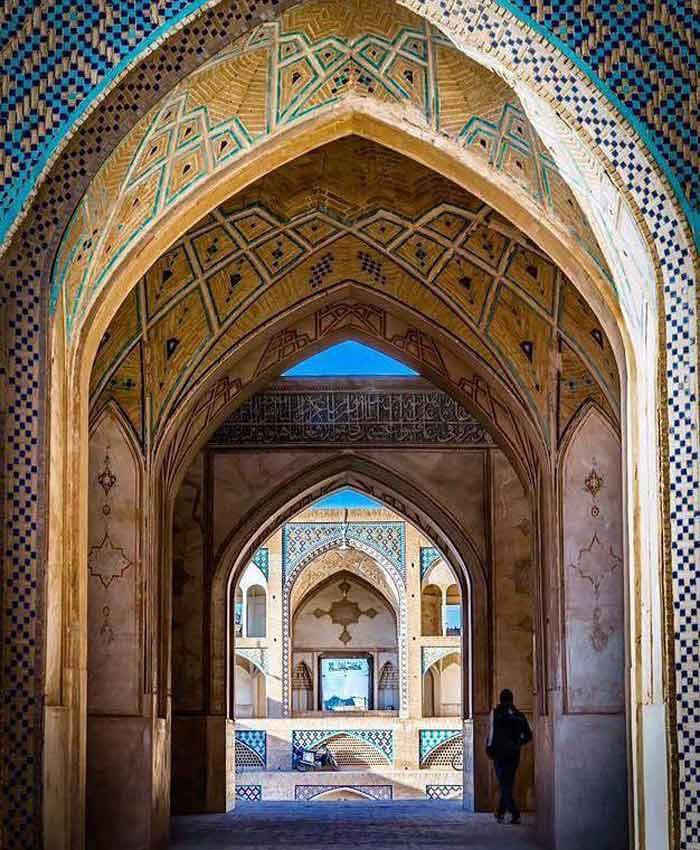 Agha Bozorg Mosque - Teshtar.com