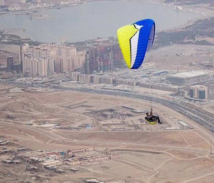 Best Entertainment In Iran - Paragliding