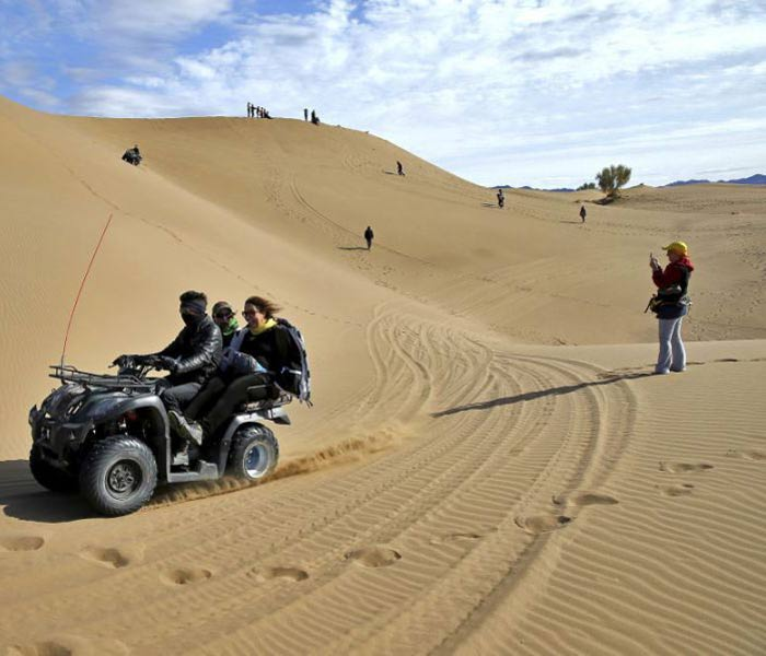 Best Entertainment In Iran - Mesr Isfahan Desert safari
