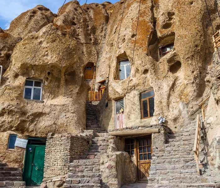 kandovan village - kandovan ancient rocky village - mountain village kandovan in iran - history of kandovan village - historical village kandovan