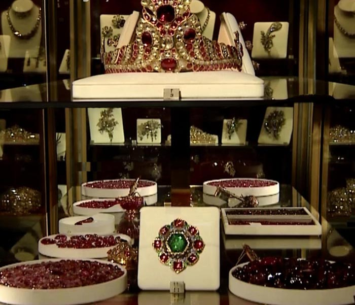 National Jewelry Treasury - rubies