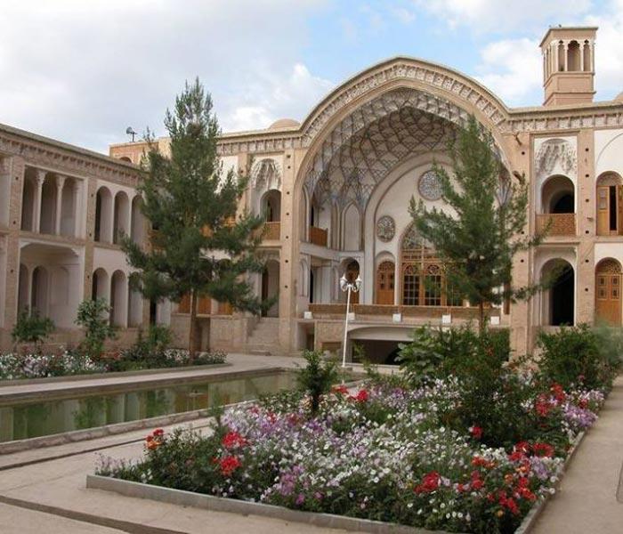 Is Iran Expensive to Travel - Saray-e Ameriha hotel