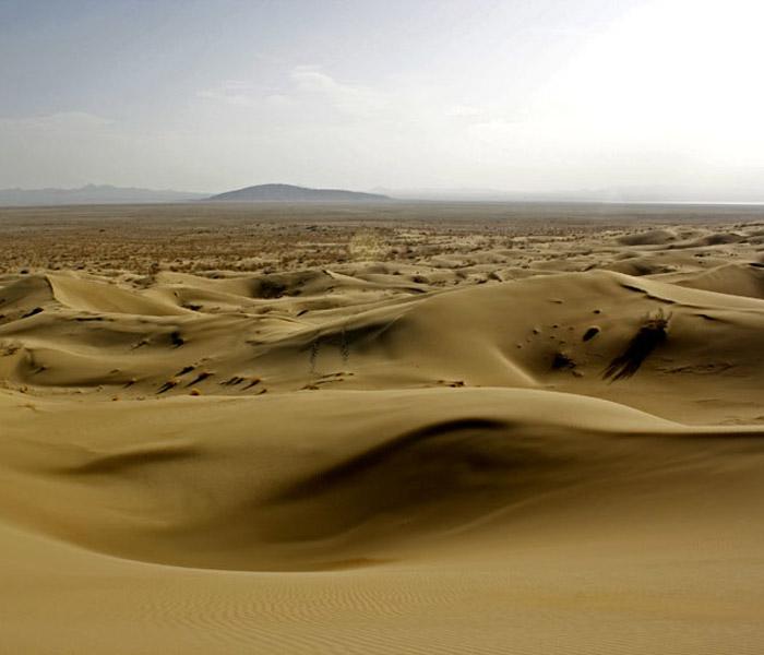 iran desert - desert in iran - Varzaneh